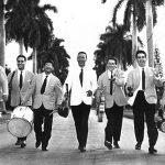 Da destra: Aldo Pagani, Piero Giorgetti, Raf Montrasio, Renato Carosone, Gegè Di Giacomo, Tonino Grottola, Gianni Tozzi - Habana - Novembre 1957